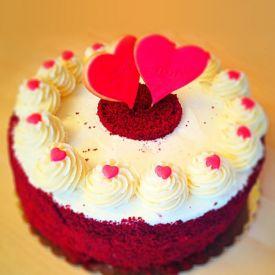 Red velvet crunchy delight cake